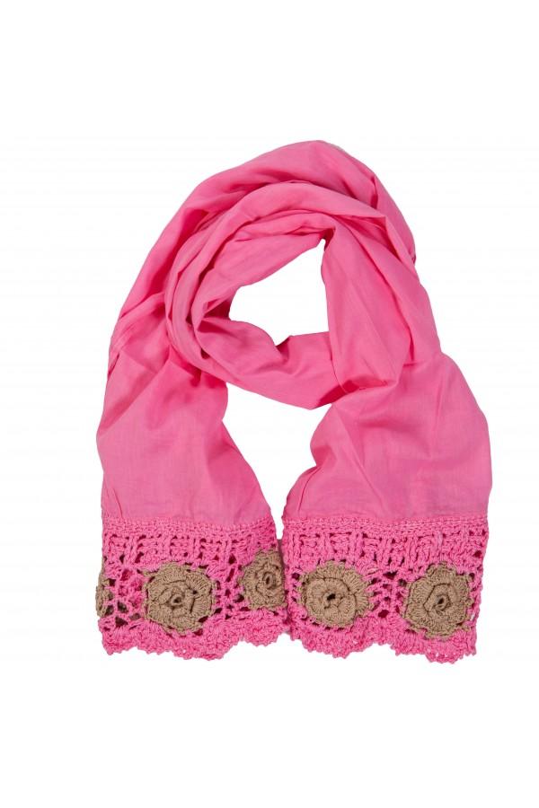 Pink Crochet Foulard